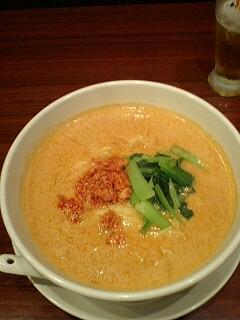 福龍香のタンタン麺