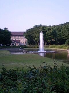 懐かしの作戦本部、上野噴水広場